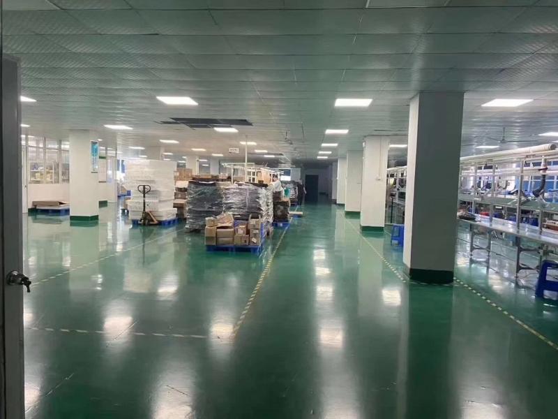 黄江靠近深圳公明九成新带现成装修厂房出租